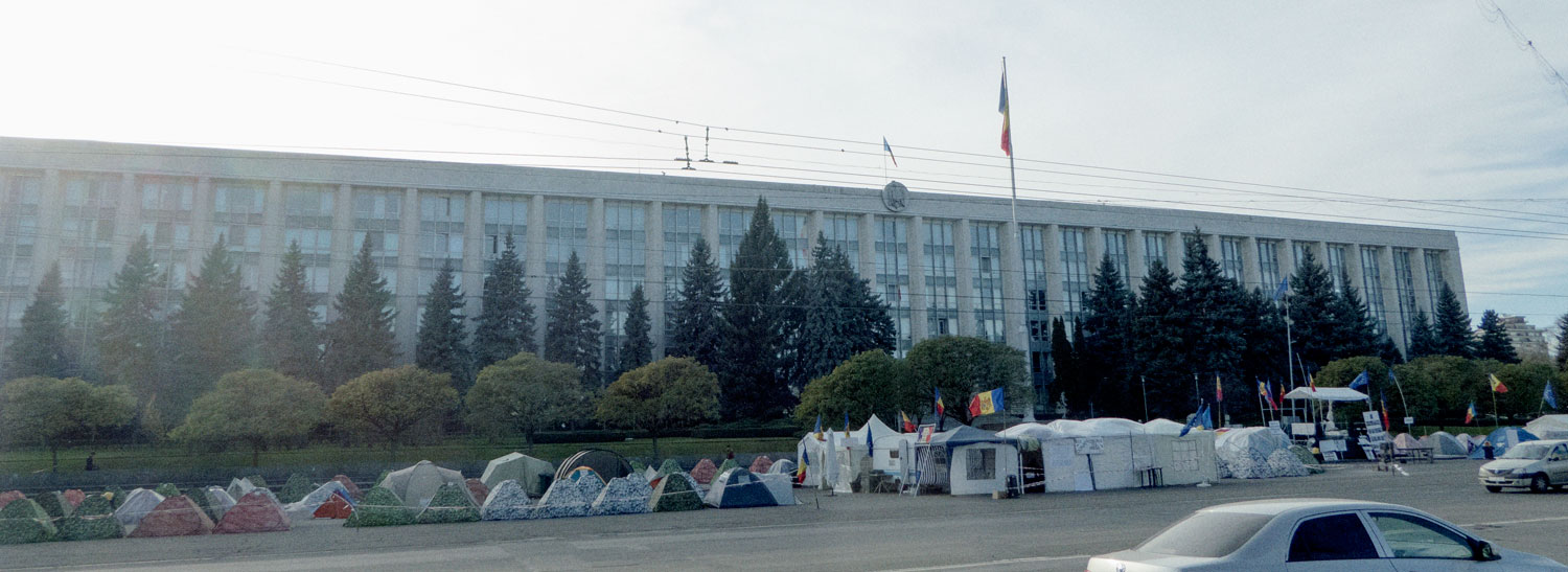 Protesters camped outside parliament - Chisinau